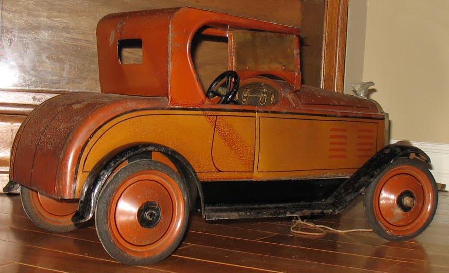Antique Buddy L Trucks ~ Japanese Toy Robots ~ Free Appraisals