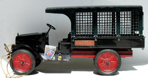 Free antique toy appraisals buddy l cars trucks, buddy l car appraisals, buddy l boat appraisals, keystone toy trucks,keystone toy trucks for sale, buddy l toy museum appraislas, keystone appraisals, buddy l toy trucks for sale,antique vintage space toys tin toy robots and prices. antiquet toy values
