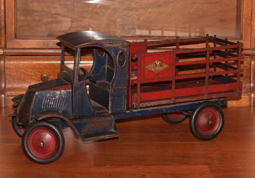 www.vintagebuddyltoys.com,  buddy l truck museum official website, buddy l toy trucks price guide,  buddy l trucks values, antique buddy l trucks price guide, buddy l toys values, vintage buddy l toy trucks price guide, 1930's buddy l toy trucks appraisals,  antique buddy l fire truck, free antique toy appraisals, buddy l toy trucks for sale free appraisals, buddy l trucks,buddy l toys,sturditoy,keystone toy truck,buddy l,tiffany lamp,antique toy appraisals,pressed steel toys,Japan,tin toy robots,vintage space toys,buddy l truck prices,antique buddy l toys,toy appraisals, japan space toys wanted, contact us with all your buddy l trucks for sale, japan, german wind up tin toys, buddy l fire truck photos, buddy l ice truck photos, vintage buddy l toy trucks, ebay buddy l trucks auctions